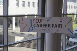 job fair, online registration, eletronic check, no waiting times in job fairs, digital resumes