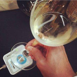 smart wine glass records all vistor's preferences