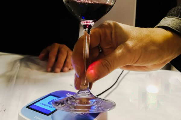 wine events; smart wine glass; digital solutions for wine events