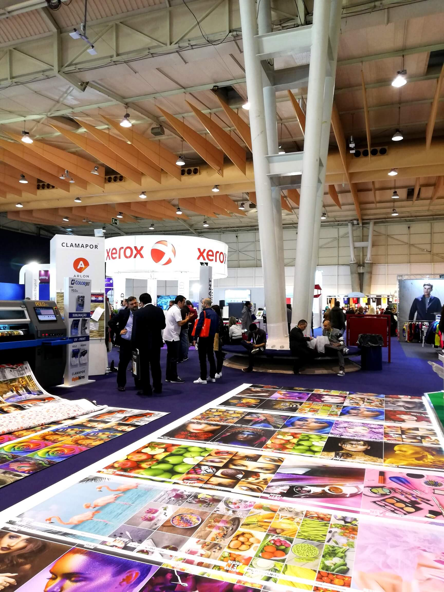 How to optimize contact collection at trade fairs? A Portugal Print 2019 case study